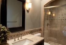 Bathrooms / by Nicole Czaja