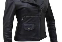 Krysten Ritter Jessica Jones Black Biker Jacket / Krysten Ritter Jessica Jones Black Biker Jacket can be reached at Slimfitjackets.co.uk at a discounted price with free shipping across UK, USA, Canada and Europe. For more information, visit: https://goo.gl/nMqEyV