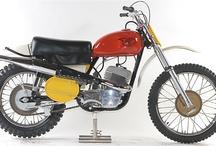 Moto CZ