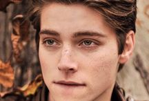 froy♥♡♡♥♥