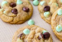 Recipes (Cookies, Bars & Brownies) / by Amy Smith