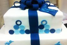 Um Bolo de Presente / Bolo especial de aniversário por Ana Barros Bolos
