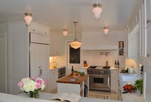 Kitchens/butler pantry / by Aimee Dimiero
