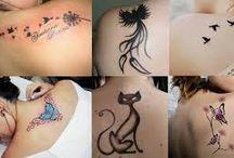 Tatuagem / A tatuagem é uma forma de expressão, portanto, um desenho em sua pele estará sempre dialogando não só com você, mas com um ou mais observadores, assim sendo, quanto mais conhecido for o símbolo e o local escolhido para fazê-lo, mais rápido e abreviado será o julgamento que será feito a seu respeito.