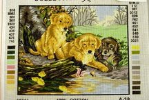 Dogs, puppies - Chiens, chiots / Needlepoint canvases of dogs of all sizes - Canevas de petits-point chiens de toutes tailles