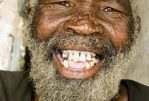 SORRIDERE FA BENE AL CUORE / Sorridere è il modo più economico per migliorare il tuo aspetto. - Paulo Coelho