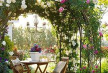 Inspo House - utomhus trädgårdsdelen