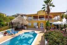 Villa Rentals Curacao / Huur een Villa op Curacao! Meer ruimte, luxe en comfort dan een hotel en ook nog eens goedkoper...   Rent a Villa on Curacao! More space, luxury and comfort than a hotel and even for a better price...