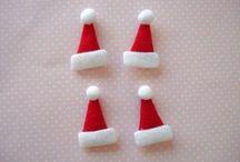 Tiny Christmas / Tis the season for tiny Christmas themed things.