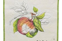 Painting on fabric for quilts / Ideas for using fabric painting in quilts