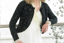 Galaxy / A soft and wearable yarn that adds bling to your wardrobe, perfect for evening and party outfits.