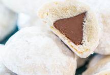 baking / Baking goods cookies cakes treats etc.