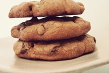 Cookies / Made these without all of the refrigerating and freezing and they came out great!