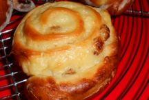 Pains, boulange et biscuits / Des recettes de pain, de viennoiseries et autres douceurs pour le petit déjeuner et le goûter...
