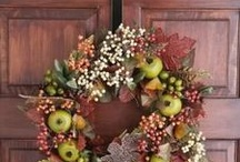 Fall Do It Yourself Displays / Some cute ideas for Fall decorating inside & out!