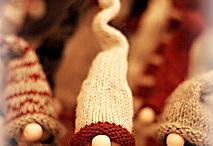 jul, virkat stickaf tomtar, pynt. Små gåvor