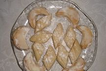 kurabiyeler  pastalar / by gülşen kılınç