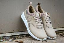 Sneakers.. / Urban trends!