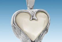 Heart Pendant / Heart Pendants - find more - http://www.evrmemories.com/heart-keepsakes-cremation-jewelry-s/26.htm