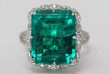 Esmeraldas ✨ / Piedras preciosas aplicadas a la alta joyería