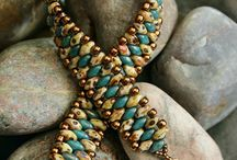 SuperDuo Obsession / Who doesn't love these two-hole beads? / by Bead Me Magazine