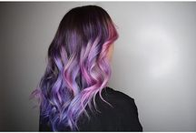 MANIC PANIC Velvet Violet / This plush shade of orchid is a great match for the galaxy hair style! Velvet Violet must be applied to a level 10 blonde for optimal results.