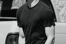DYLAN O'BRIEN  / Okay... He is hot...