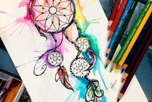 Dream catchers & feathers