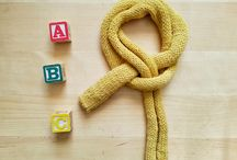 Yellow Yarny Yak / Yellow Yarny Yak - we make hand knitted accesories and knitwear. The second branch, we work with is the recycling of fur. Each fur pompom we do ourselves.
