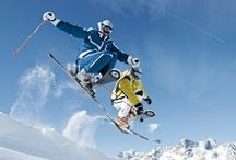 WINTER | ESPACE KILLY / Het wereldberoemde skigebied Espace Killy verbindt de skidorpen Tignes en Val d'Isère met elkaar. Elke fervente wintersporter kan zich hier echt helemaal uitleven. Er zijn veel rode en blauwe pistes, maar ook vergevorderden vinden hier steile buckelpistes en prachtige afdalingen door de diepe sneeuw. Van vroeg in het seizoen tot vér in het voorjaar ligt hier volop sneeuw.