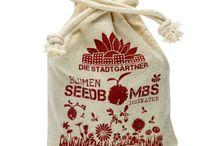 Samenbomben / Grau nervt? Das finden wir auch! Die grüne Antwort nennt sich Guerilla Gardening. In userem Shop bieten wir  Dir die Seedbombs von den Stadtgärtner an,  handmade in Germany.