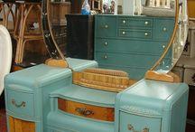 Art deco retro furniture