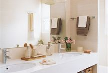 Bathroom Ideas / Bathroom ideas - Find pragmatic inspiration for your bathroom / by Margorie Vik