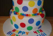 Fondant cake / by Mariel High-Rush
