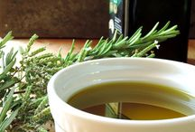 ❤ Herb Infused Oils / ❤ Herb Infused Oils from around the world. Recipes and uses.