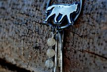 wolf amulets / I wish I had these!!! / by Å£åñìš<3 $töwëll<3