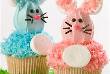 Desserts / Cup cakes / by Jean Kresge