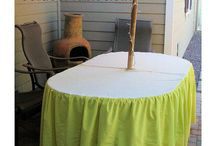 How to Make Umbrella Holes in Tablecloths / Exactly what the name says