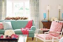 Salon/Living room / by Vanessa Brinon