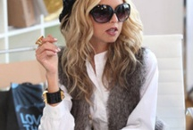 I die...I die for Rachel Zoe!  / If anyone knows me, my style icon is no other than Rachel Zoe!  / by Lindsay Wilson