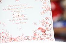 Faire-part bébé d'automne / J'ai dessiné ce faire-part en pensant aux enfants nés en automne. Toute une forêt tendre et facétieuse entoure et chouchoute le bébé, au centre du carton. Bien sûr, vous choisissez la couleur d'impression de l'illustration originale, la typographie du texte, la texture du papier et la teinte de l'enveloppe