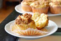 Breads & Muffins / by Keri Graden