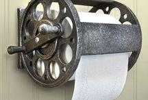 Fishing reel for toilet paper