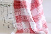 Crochet gingham blankets