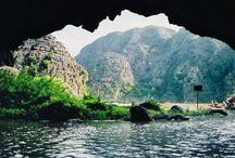 Vietnam-Reise Für Naturliebhaber / An Aktivitäten beim Vietnam Reisen erwarten Sie leichte Wanderungen, Radtouren und Ruderbootfahrten. Ideale Reise für diejenigen, die Authentizität beim Reisen schätzen. Erleben Sie einen ursprünglichen Vietnam Urlaub!