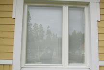 Ikkunoita / Useita ikkunoita eri aikakausilta