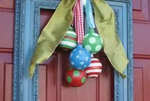 Beautiful Christmas Wreaths / Be the envy of your neighbours with a creative Christmas wreath!