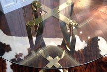 Круглый обеденный стол «ROMBO» Gold / Современный стол в золоте Made in Ukraine. Круглый обеденный стол в современном стиле. Материалы: Каркас: полированная нержавеющая сталь в золотом цвете; Столешница: стекло 10 мм. Размеры: Диаметр: от 1000 до 1200 мм; Высота: 750 мм.