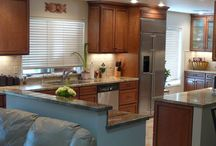Kitchen Remodel Ideas / Some of our favorite kitchen remodel projects to give you inspiration for yours!