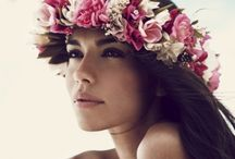 Floral Crowns!! / Flower crowns, floral headpieces and accessories.  / by Phoebe Hodina